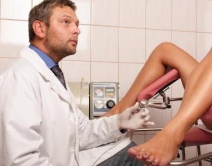 у гинеколога на осмотре видео онлайн