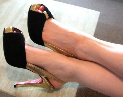 фото ножки в туфельках